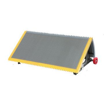 800mm Gray Escalator Stainless Steel Step With Red Roller