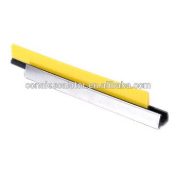 CNSB-019 Escalator safety skirt panel brush in straight line with plastic brush and 20 mm Aluminum base