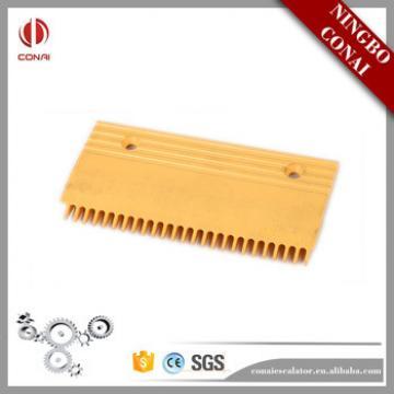 CNPCP-036 Fujitec Length 213mm 25T Escalator Plastic Comb Plate