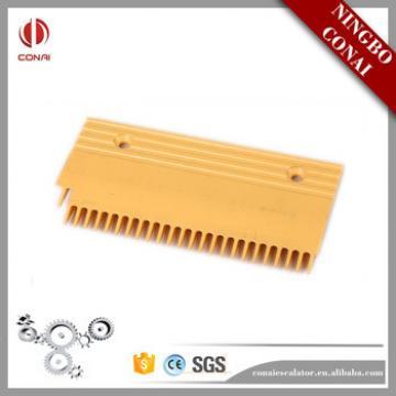 CNPCP-300B Fujitec Length 214mm 25T Escalator Plastic Comb Plate