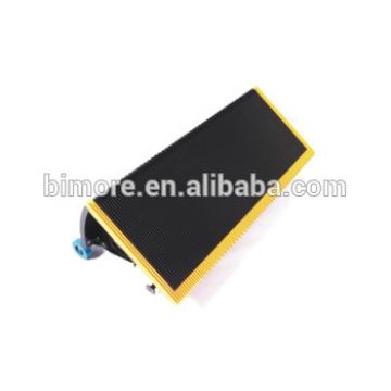 BIMORE J619102A000G12 Escalator step with 3 sides yellow plastic demarcations